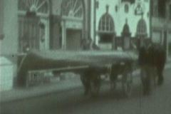 SUS blev i 1943 udstationeret i Roskilde Fjord. Der var roforbud på Øresund. Der findes smalfilm fra traveturen  på kærre til Frederikssund.