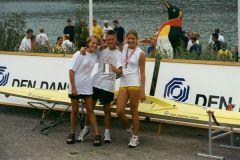 Ved scullercup 1999 vandt uroerne PONDUS - her Stine Mølbak, Bjørn Ryhding og Nete Kodahl