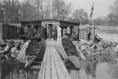 Indvielse af klubhus 1. maj 1942.  Pris 10.500 kr.